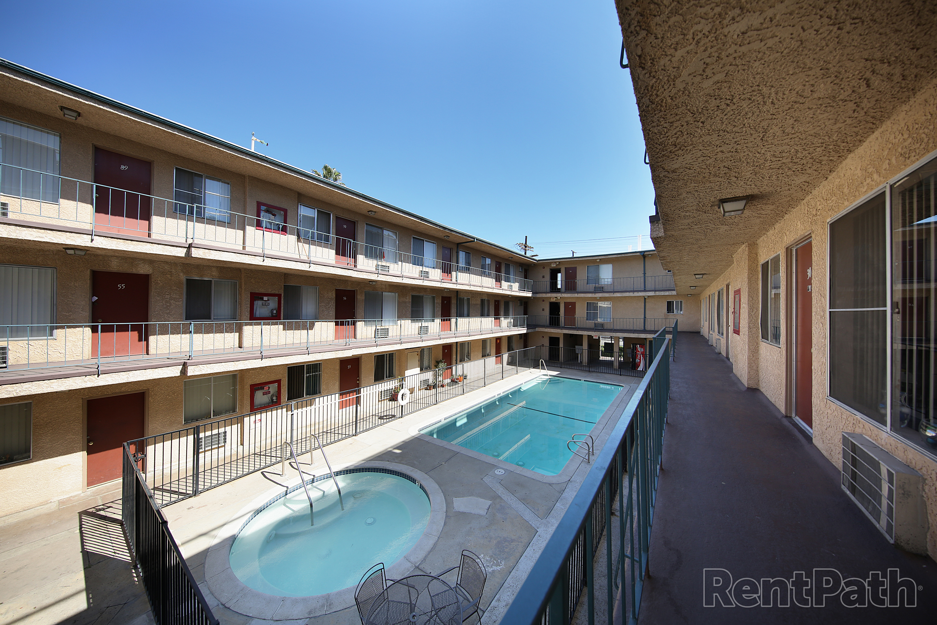 Villa Sorrento Apartments Image #3