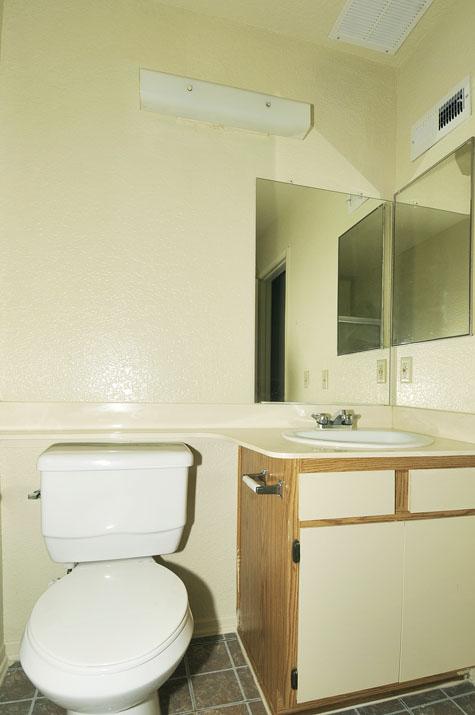 Belcourt Senior Apartments Image #26