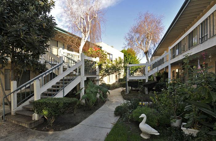 Cedar Villas Image #9