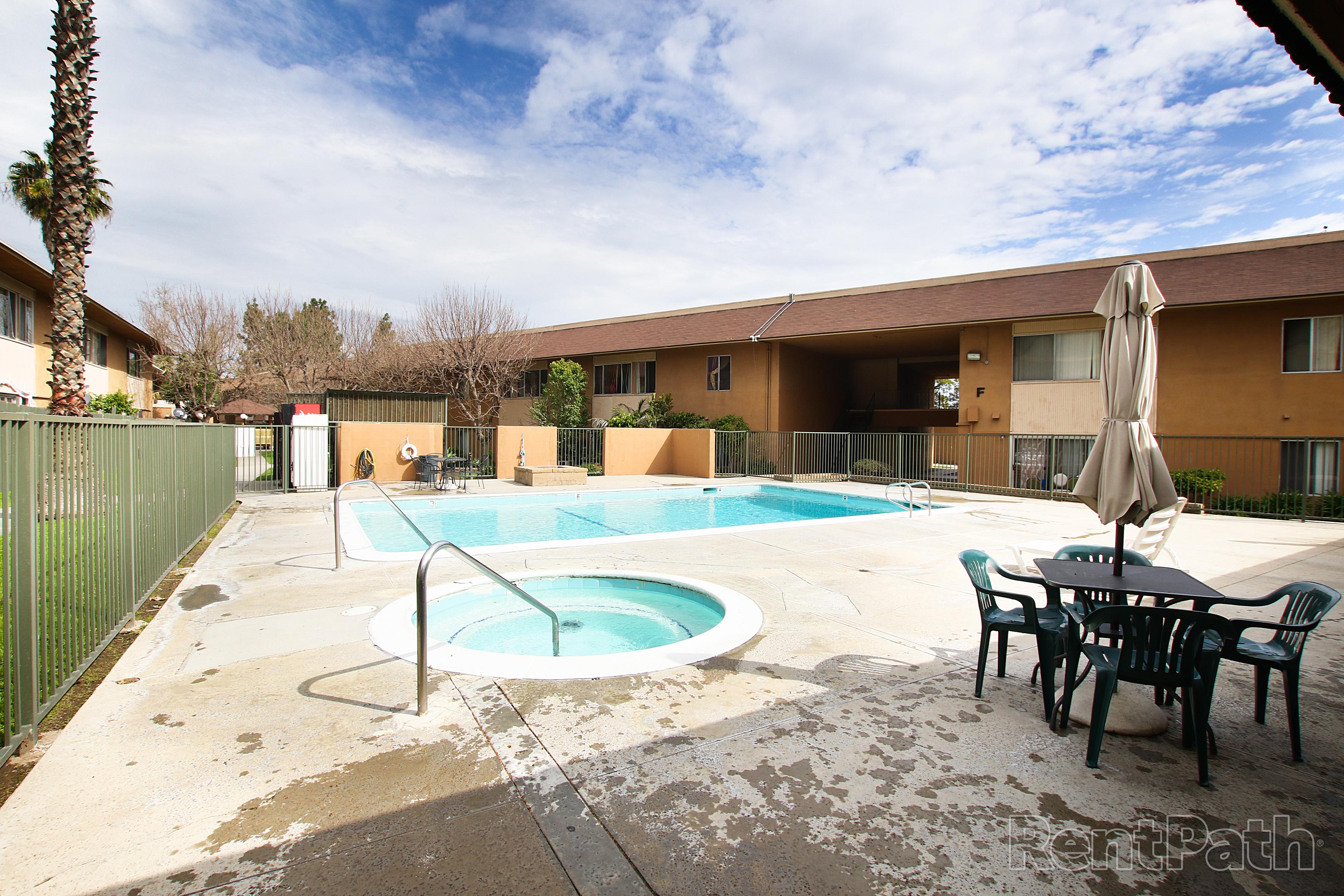 Biltmore Apartments Image #3