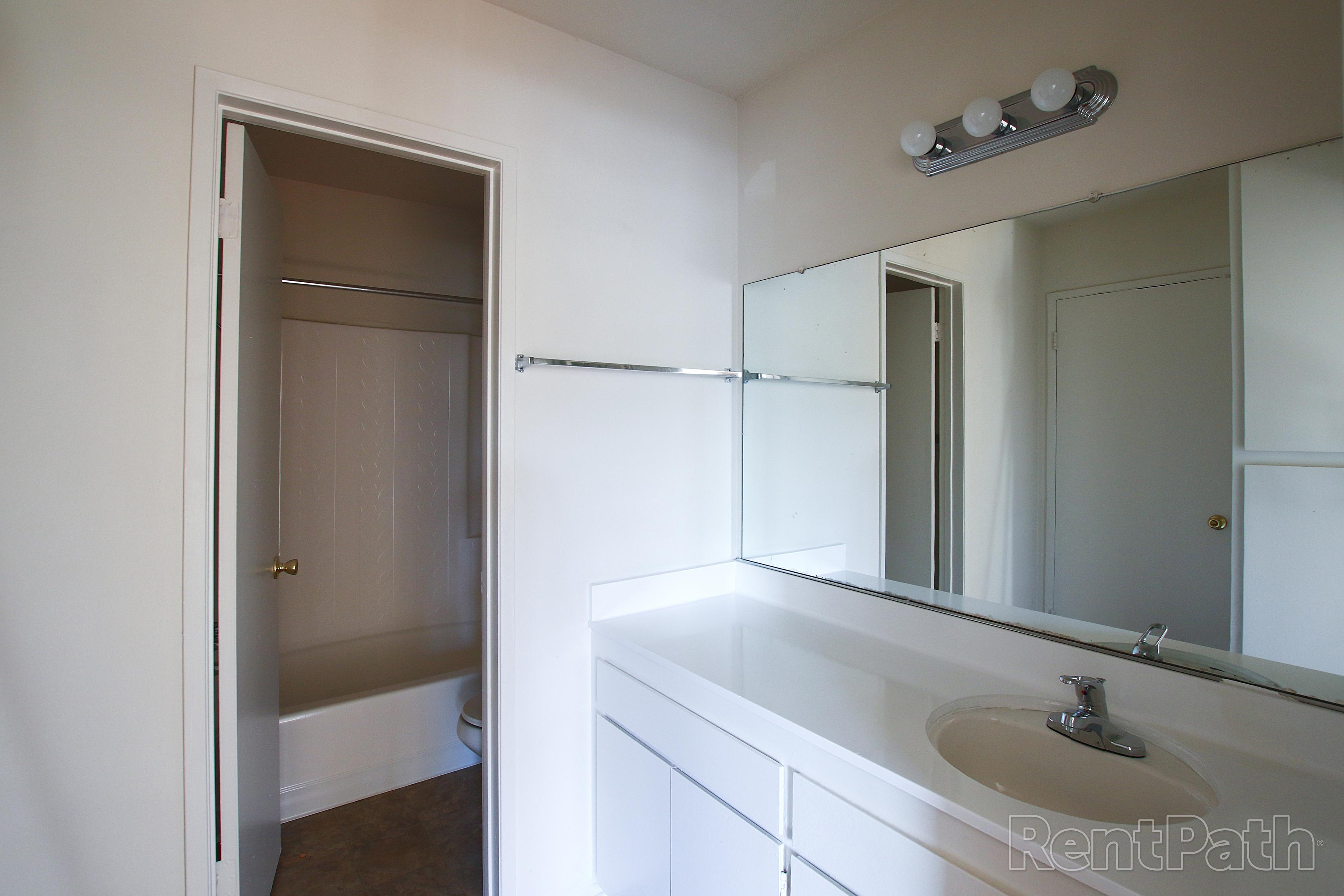 Biltmore Apartments Image #37