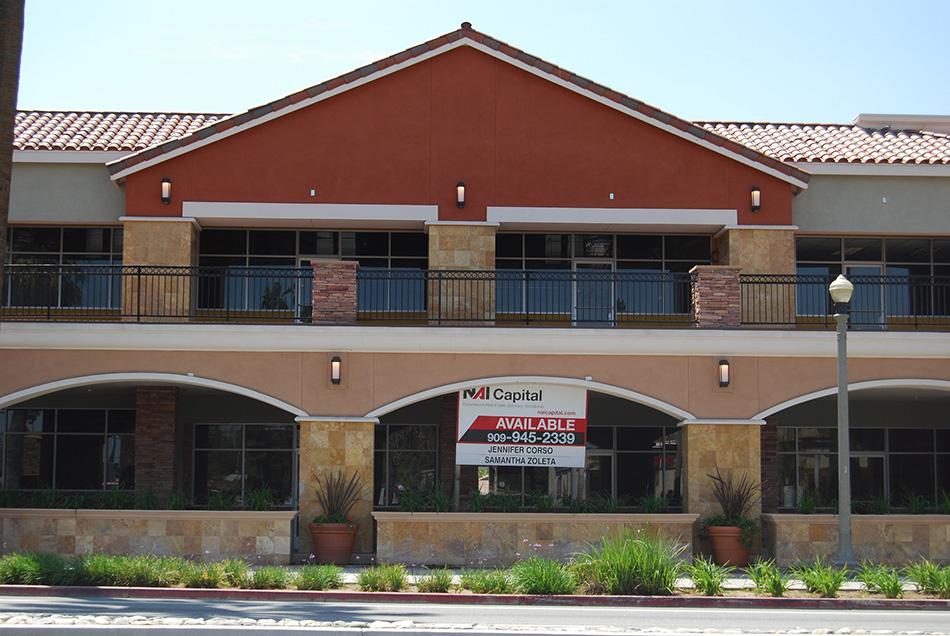 Riverside Shopping Center Image #3