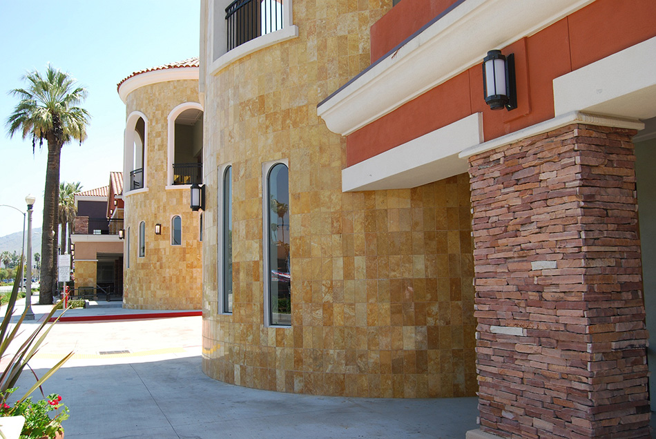 Riverside Shopping Center Image #6